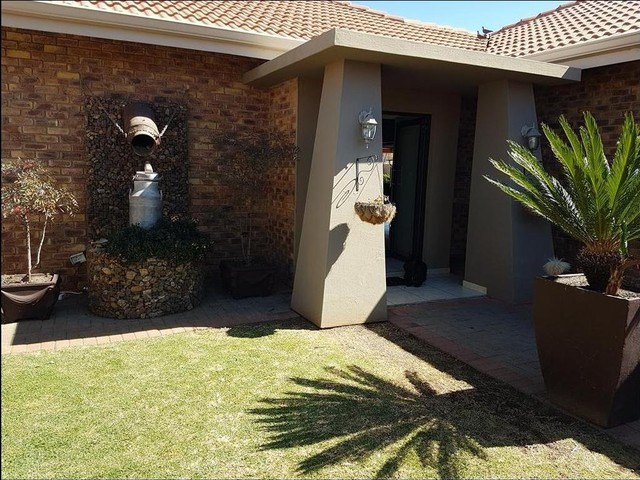 3 Bedroom House for Sale in Baillie Park