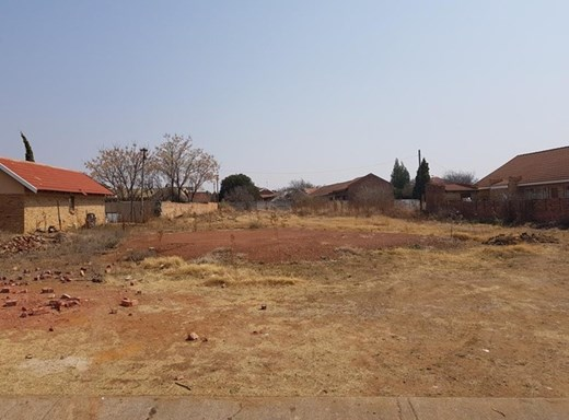 Vacant Land for Sale in Miederpark