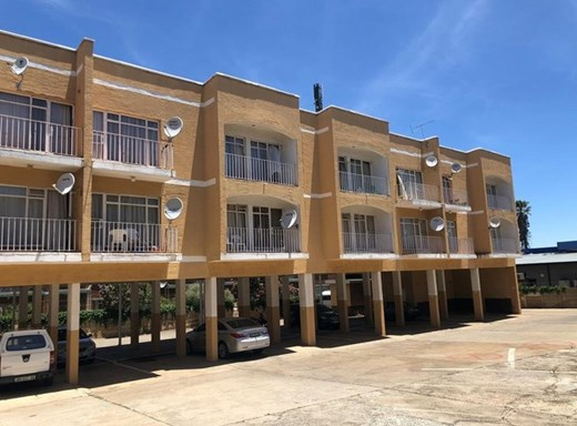 1 Bedroom Apartment for Sale in Baillie Park