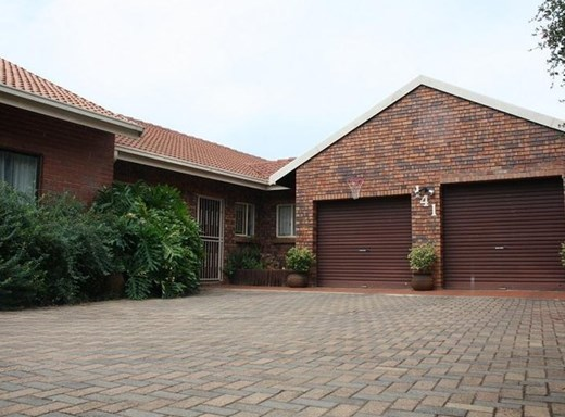 7 Bedroom House for Sale in Kannoniers Park