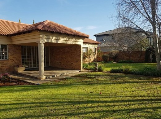 2 Bedroom Townhouse to Rent in Tuscany Ridge