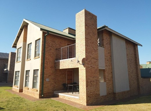 2 Bedroom Apartment for Sale in Tuscany Ridge