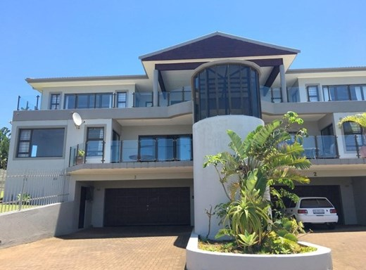 4 Bedroom Flat for Sale in Uvongo