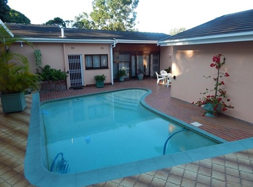 4 Bedroom House for Sale in Fairview