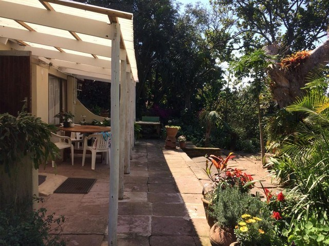 2 Bedroom House for Sale in Uvongo