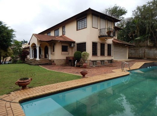 5 Bedroom House for Sale in Panorama