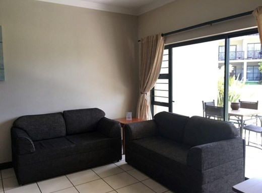 2 Bedroom Flat for Sale in Uvongo