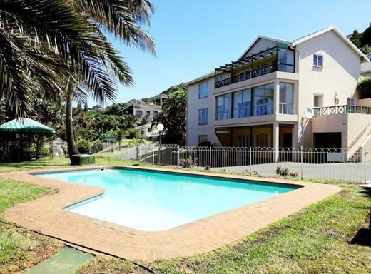 4 Bedroom Apartment for Sale in Compensation Beach