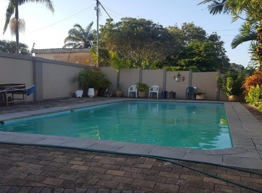 6 Bedroom House for Sale in Port Shepstone