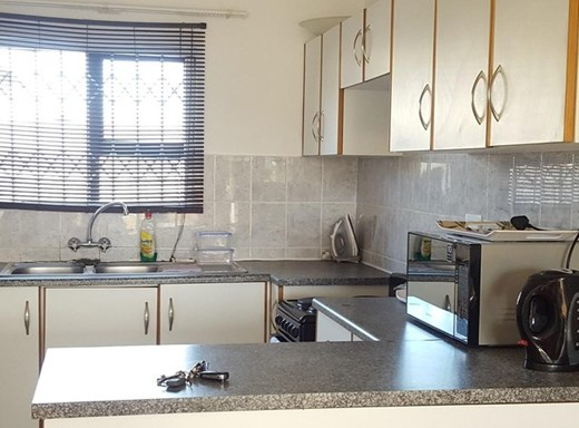 2 Bedroom Flat for Sale in Arboretum