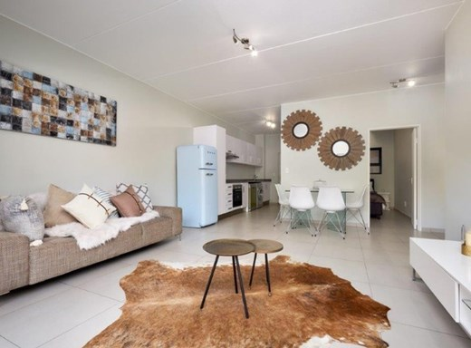 2 Bedroom Apartment for Sale in North Riding