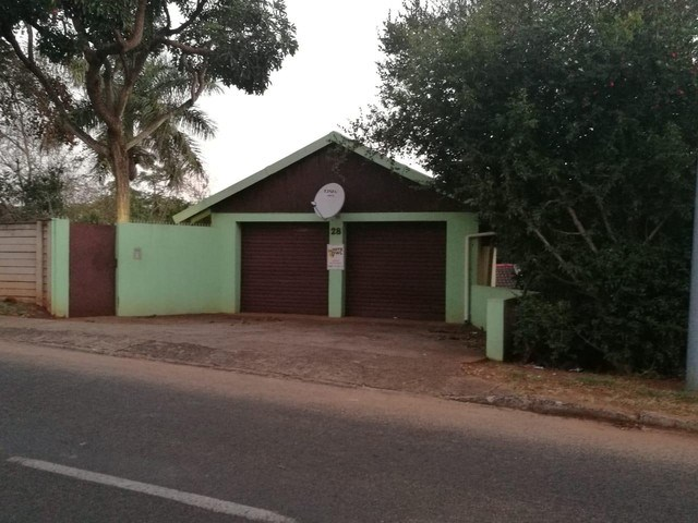 3 Bedroom House for Sale in Fairview