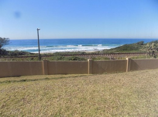3 Bedroom Apartment for Sale in Hibberdene