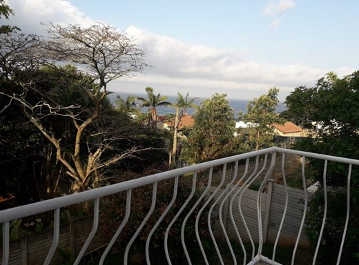 4 Bedroom House for Sale in Salt Rock