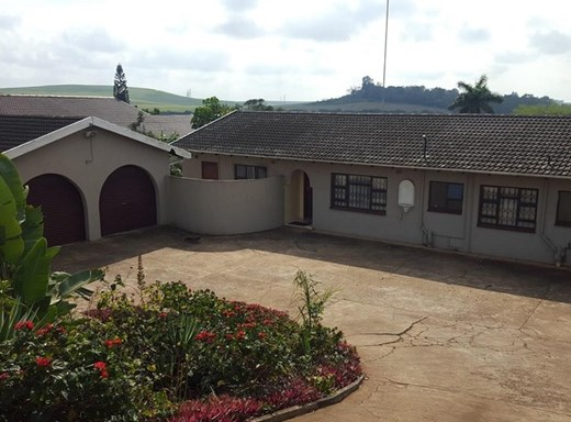 3 Bedroom House for Sale in Inyala Park