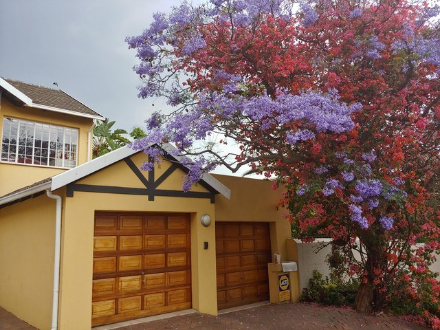 2 Bedroom Garden Cottage to Rent in Douglasdale
