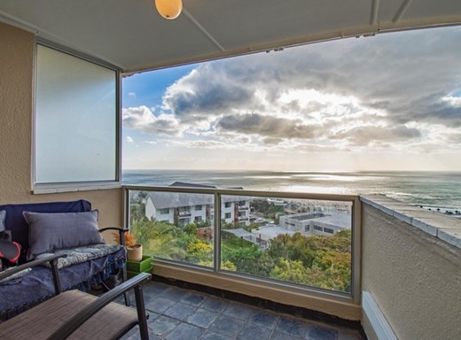 1 Bedroom Apartment to Rent in Camps Bay