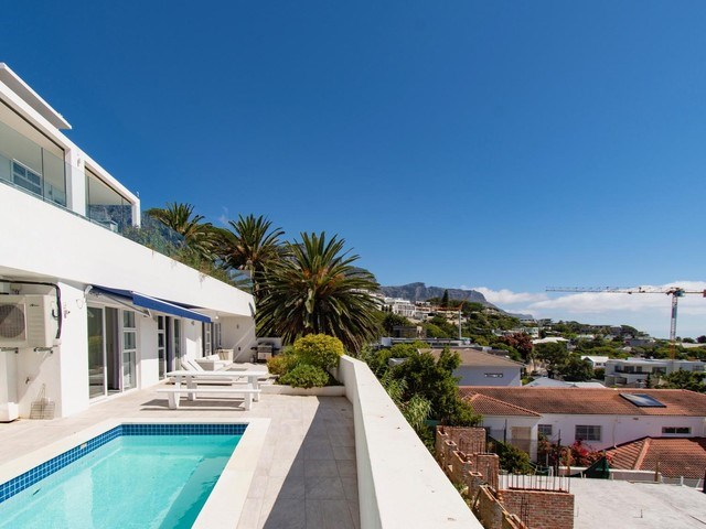 4 Bedroom Apartment to Rent in Camps Bay