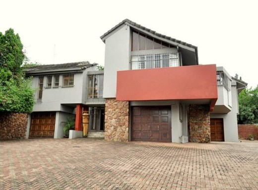 5 Bedroom House for Sale in Val de Grace