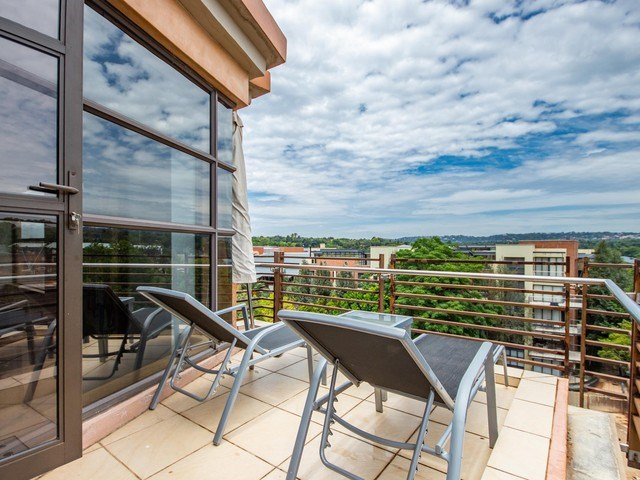 2 Bedroom Penthouse for Sale in Melrose Arch