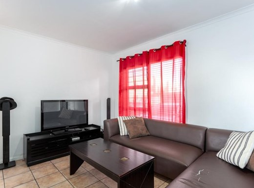 2 Bedroom Apartment for Sale in Parklands