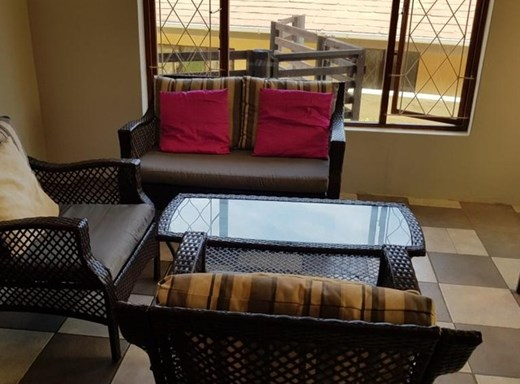 6 Bedroom House for Sale in Uvongo