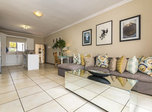 2 Bedroom Apartment for Sale in Parkview