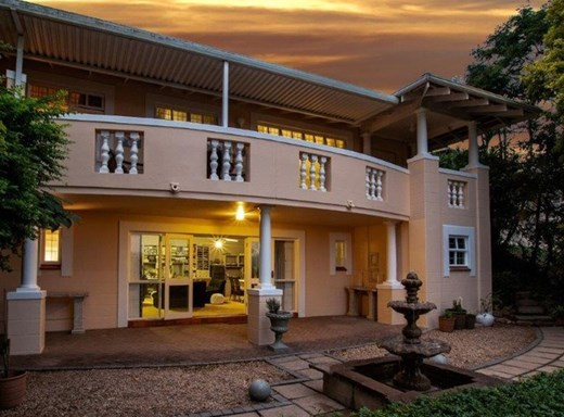 4 Bedroom Townhouse to Rent in Westville Central