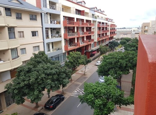 1 Bedroom Apartment for Sale in Gateway