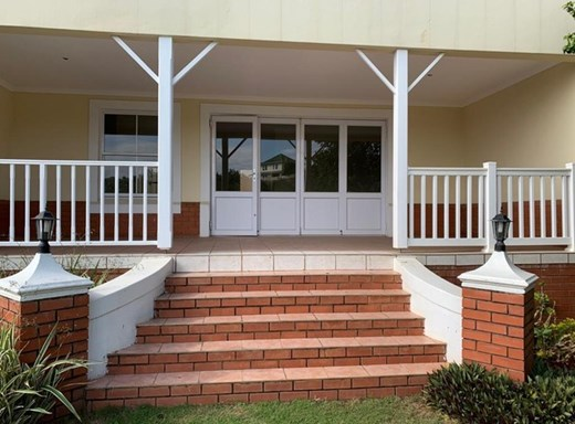 3 Bedroom Townhouse for Sale in Mount Edgecombe