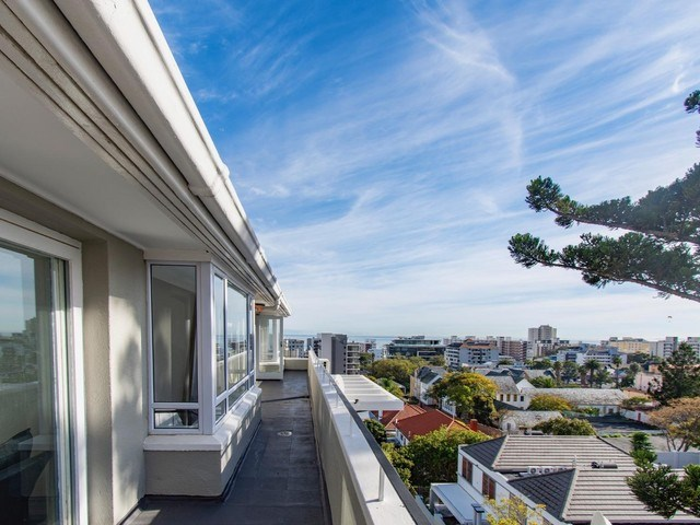 2 Bedroom Penthouse for Sale in Sea Point