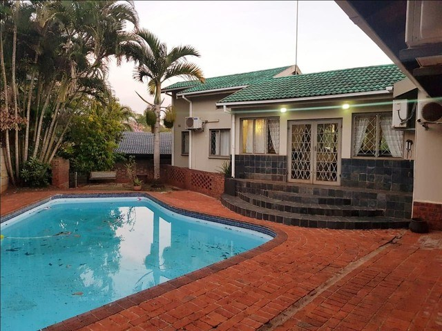 4 Bedroom House for Sale in Inyala Park