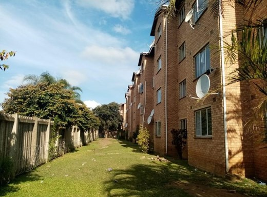 2 Bedroom Flat for Sale in Empangeni Central