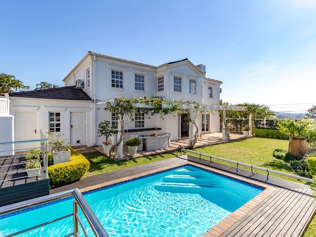 4 Bedroom Townhouse for Sale in Dawncliffe