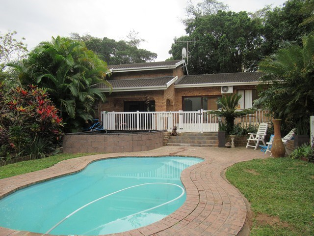 3 Bedroom House for Sale in Umtentweni