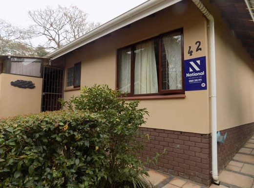 2 Bedroom Townhouse for Sale in Anerley