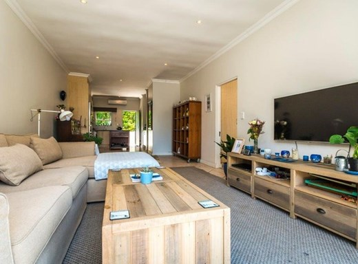 2 Bedroom Other for Sale in Craighall