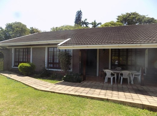 3 Bedroom Townhouse for Sale in Umtentweni