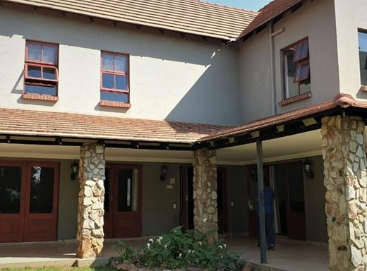 3 Bedroom Duplex for Sale in Country View