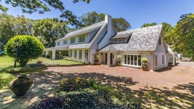 6 Bedroom House for Sale in Winston Park