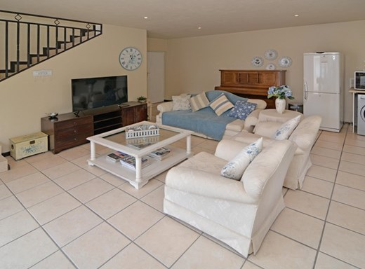 1 Bedroom Garden Cottage to Rent in Fourways Gardens