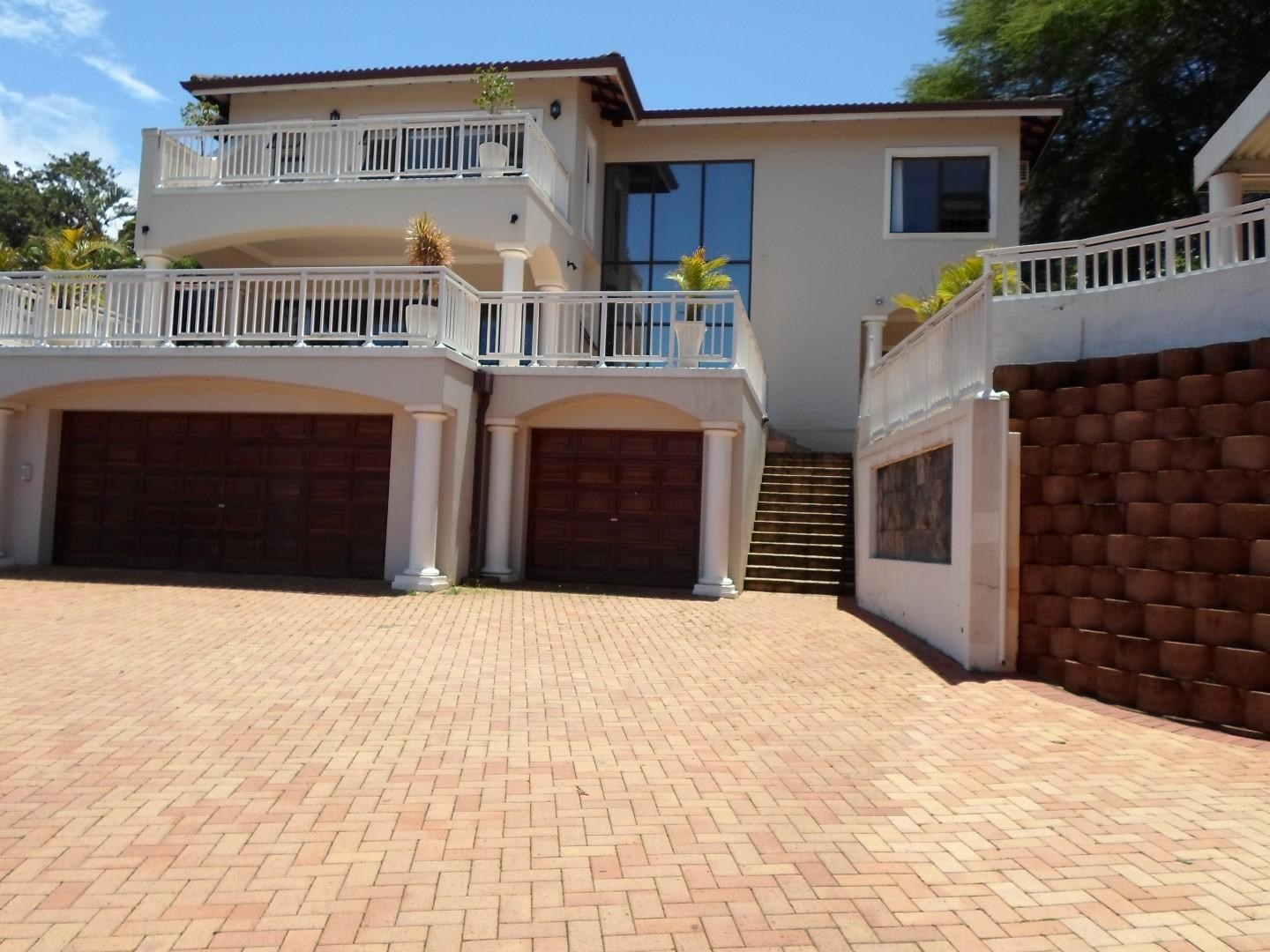 4 Bedroom House for Sale in La Lucia