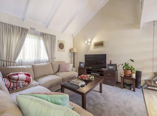 2 Bedroom Apartment for Sale in Bryanston