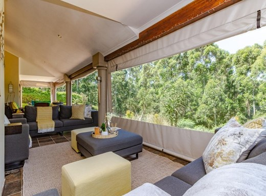 3 Bedroom Townhouse for Sale in Hillcrest