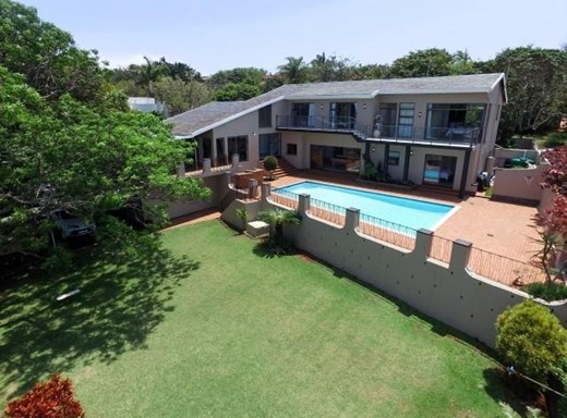5 Bedroom House for Sale in La Lucia