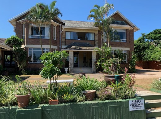 13 Bedroom Guesthouse/B&B for Sale in Durban North