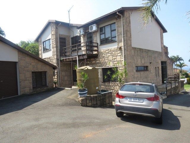 5 Bedroom House to Rent in Durban North
