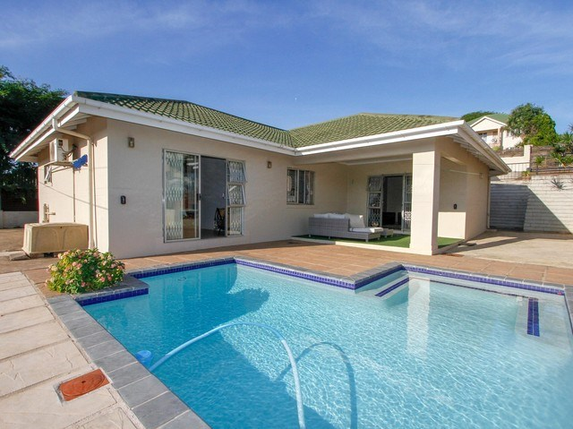 3 Bedroom House for Sale in Somerset Park