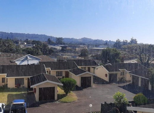 2 Bedroom Apartment for Sale in Pinetown Central