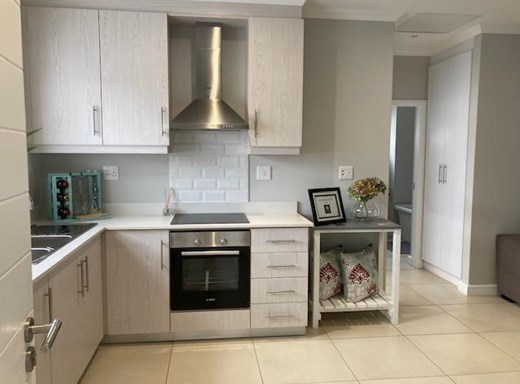 2 Bedroom Apartment for Sale in Gillitts
